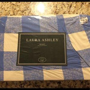 New Laura Ashley twin bed skirt dust ruffle